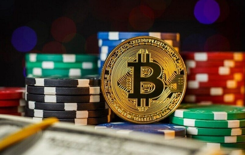 Pros And Cons Of Playing Online at Bitcoin Casino